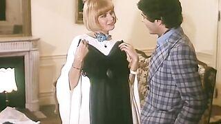 Marie-Claude Viollet - La Grande Enfilade scene 3