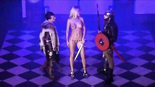 Королева Порно Танины Каникулы (2006) Tanya Tanya Film