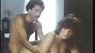 Las calientes orgias de una virgen