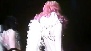 The Divine Obsession (1976)