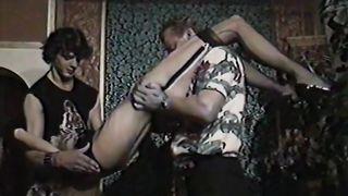 Blondi – Schwanzverrückt und Samengeil (1990) Ekstase Video Dolly Buster