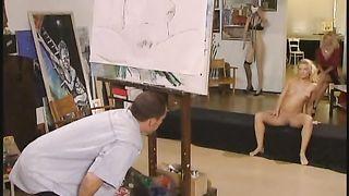 Nicoletta Blue Threesome scene - Tresen Schlampen 2