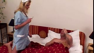 Carrie Cruise - Czech Mates