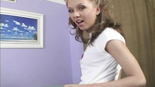 Jeanie Marie Sullivan - 8 Simple Rules for Banging My Teenage Daughter Scene 1