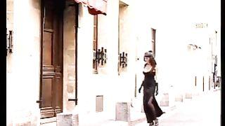 Tania et les filles en noir (2000)