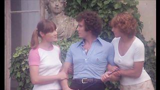 Les Collégiennes (1977)