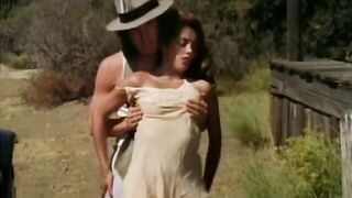 Nikki Dial Bonnie and Clyde (1992) sc 3